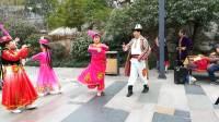 上海知青天山歌舞团  静安公园表演(二)