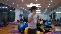 《球瑜伽》