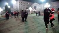 威海临港苘山中心广场双人舞摘录