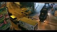 警察阿SIR處理違泊車塞路過程