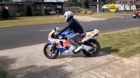 太霸气了, 史上最优秀的250cc摩托车合集! 听这四缸发动机, 声浪震撼人心!