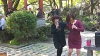 VID20180328,中山公园(越剧梁祝)十八相送)何秀琴与龚彩飞演唱,甬闻录制《原创,如有雷同均为盗版必究》。