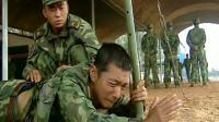"""《士兵突击》伍六一给了许三多应有的尊重, 因为他拿到""""老兵""""两个字实属不易"""