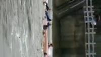 桂林龙舟翻船视频爆光,桂林龙舟侧翻过程