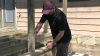 如何做个露台How To Build A Deck - #3 Decking [Posts Border Decking]