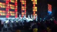 唱跳组合 我在人民广场吃着炸鸡(表演人数:6人)麟钰文化