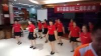 龙哥手机录小视频一一新干微马三周年庆典的舞蹈扬锦凤刘建梅等表演《中国梦》VID20180519191931