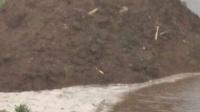 video_20180611_163518。2018年6月11日下午16点35分18秒。乌市葛根庙镇哈日野马吐,下雨发山洪视频