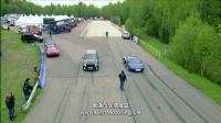 0至1英里直线加速赛:1000马力JEEP大切诺基SRT8对决日产R35 GT-R