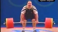 我在2000年悉尼奥运会男子举重105kg级决赛截了一段小视频