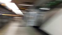 上海地铁2号线216号车和0247号车出人民广场站