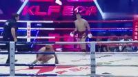 俩人同时倒地对手还没站稳日本拳手就飞膝突袭
