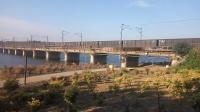 【夏末看车】老美货列通过新汴河大桥