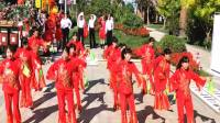 遵化开心广场舞,遵化首届碧桂园杯广场舞大赛开始了,西三里姐妹开心舞蹈队表演,竹板舞十送红军