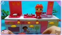 蜡笔小新和光头强一起吃草莓,小猪佩奇水果玩具