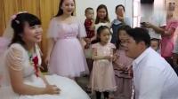 """广西河池农村婚礼,新娘身材很好,新郎是位""""重量""""级人物"""