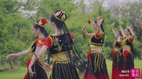 单色舞蹈中国舞维族舞蹈