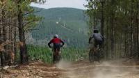 英得尔车载冰箱场景视频第一集,露营骑行走起!