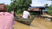 缅甸现场实拍(一):雨季众人划船出行,矿区也不得不被迫停工!