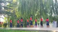 2019年8月18日,青海湖之旅第一站于兰州母亲河,八姐妹展示藏族舞《天边的巴拉格宗》