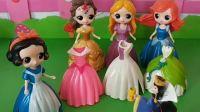 王后给公主们买了好看的游玩礼服,怎么没有白雪的呀!原来是是给他一个大惊喜!.mp4
