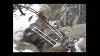 最最惊险的老外爬华山视频