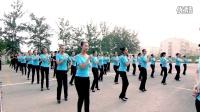 数百名准空姐共舞小苹果·前沿艺校