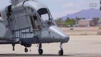 丑陋的美国直升机卡曼K-MAX无人机拯救生命的士兵