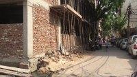 【印度旅游】在新德里的某个小巷随便溜达,第一次坐电动三轮车&吃正宗的素食
