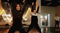 Ева Уварова - Розовое вино танец