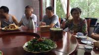 云峰67-68届老同学相聚在集安。田力制作