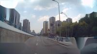 交通事故video投稿 渝B 9R906