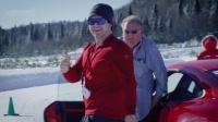 保时捷教练教司机征服挑战性的冰雪轨道