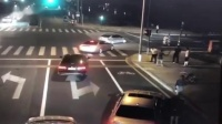 因行车冲突,昆山宝马男持刀砍人反被杀,网友:冲动