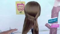 40岁的女人别再披头散发,那样太土,秋天试试这款发型,太美了