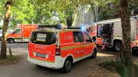 KIND MIT HAND IN TIEFGARAGENTOR EINGEKLEMMT - Technische Rettung