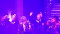 我在薛之谦上海演唱会狐狸截了一段小视频