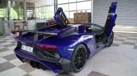 抑制不住的兴奋 土豪怒提Aventador SV