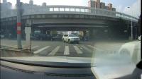 上海龙阳路撞车视频