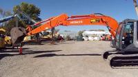 2011年日立ZX135US-3挖掘机