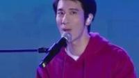 我在王力宏献唱脱贫攻坚战主题曲《星光》温柔歌声惹观众哽咽不已截了一段小视频