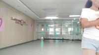 舞灵美娜子广场舞  《溜溜的姑娘像朵花》VID_20181015_154057