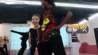 我在《新舞林大会》带你看董洁小姐姐的另一面截了一段小视频