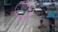 我在中国交通事故20181226: 每天最新的车祸实例, 助你提高安全意识截了一段小视频