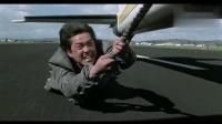 执法先锋:元彪追捕罪犯,空中飞人的危险动作不亚于成龙大哥