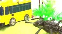 拖车母舰攻击小巴士照明麦奎恩-儿童汽车卡通-汽车玩具
