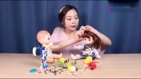 小伶玩具:小伶带大家一起玩玩具,看机器人强势变身!