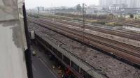 广铁广段的DF4型内燃机车牵引货物列车进广州北站停车