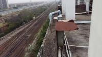 武局江段的HXD1B型电力机车牵引春运的临时列车从广州北站通过