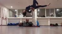 双人瑜伽 / 杂技瑜伽